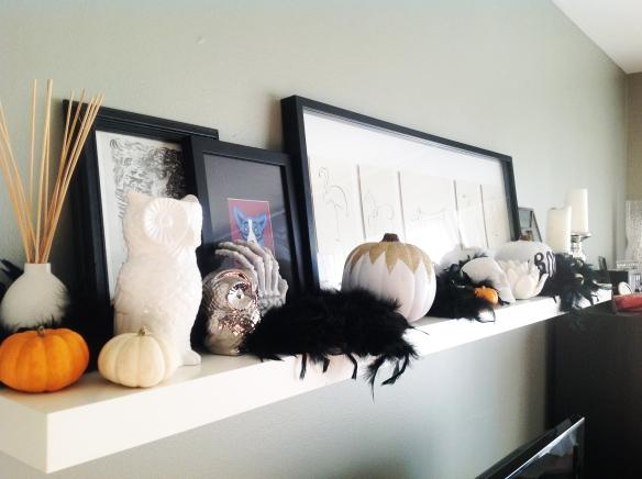 Halloween Mantel4